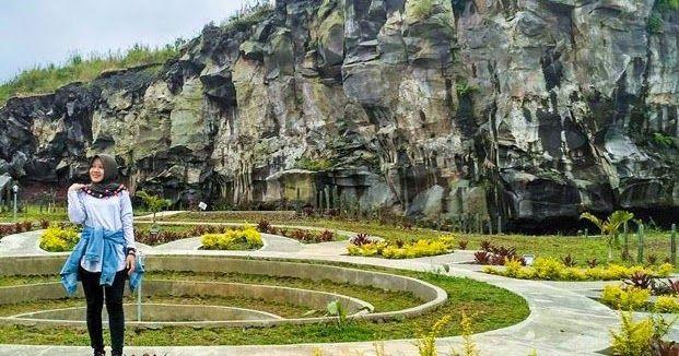 Taman Wisata Desa Cisantana Cigugur Kabupaten Kuningan Jawa Barat Cisantana Resto Alamat Cisantana Kuningan Tiket Masuk Taman Cisant Pedesaan Liburan Tempat