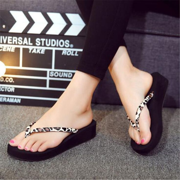 Brand Designer Flip Flops Summer Style Simple Slippers Beach Slippers Women Shoes Casual Sandals Women Slides