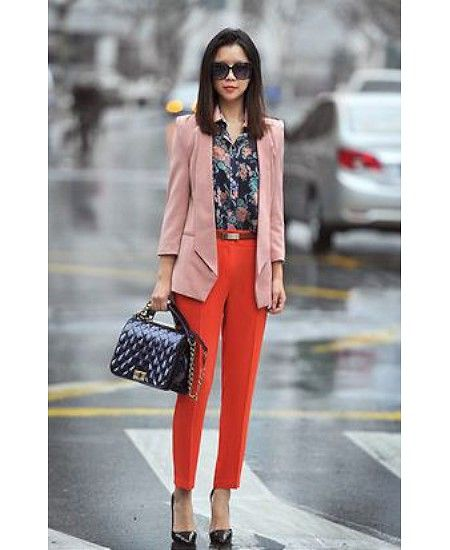 Like it, don't have this color pants but could pair pink pants with a flowered blouse and an orange jacket.
