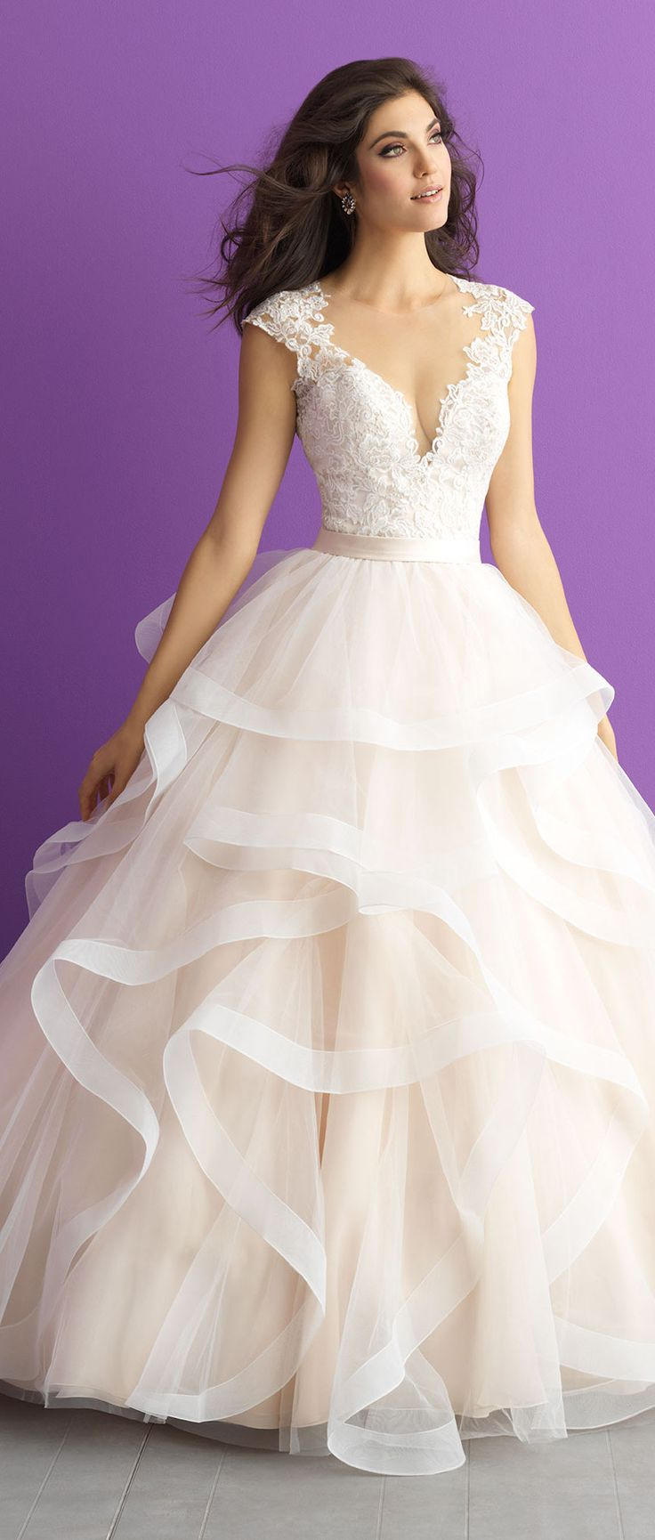 17 Best ideas about Romantic Wedding Dresses on Pinterest ...