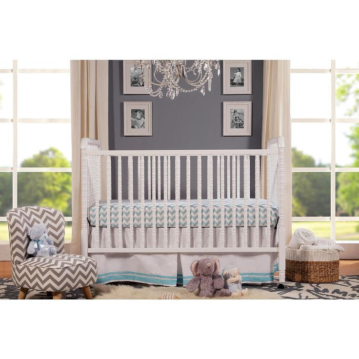 A beloved nursery favorite, the DaVinci Jenny Lind Classic 3-in-1 Convertible Crib features intricate detailing and signature spindle posts. Loved for its timeless elegance, Jenny Lind graces your nursery with a unique charm and innocence. Jenny Lind Crib meets or surpasses the latest safety standards, and every crib undergoes individual inspection.<br><br>DaVinci Jenny Lind Classic 3-in-1 Convertible Crib features include:<br><ul><li>Finished in non-toxic multi-step painting…