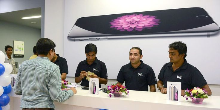 Apple has added Israel to its list of upcoming iPhone 7 launch countries today as it officially launches the device in India. It also confirmed upcoming launches for a handful of African and Middle Eastern countries including Jordan and Oman on October 15 and Maurice Madagascar Maroc and Uganda on October 21.  more  Filed under: Apple