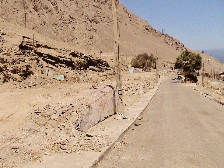 El barrio Huella Tres Puntas, en Marzo de 2008, tras haberse retirado los escombros de las casas caídas por el terremoto de 2007.