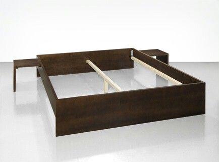 Sie brauchen ein neues Bett? Wir zeigen, wie Sie ein Bett selber bauen können inkl. Anleitung. Entdecken Sie die Bosch Projektanleitung für DIY Heimwerker!