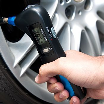 With the 4-in-1 Digital Tyre Gauge w/Light, you can quickly and easily check whether your tyres are at optimum pressure! It…