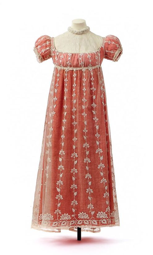 Town dress with chemisette owned by Empress Josephine, empress from 18 May 1804 – 29 May 1814
