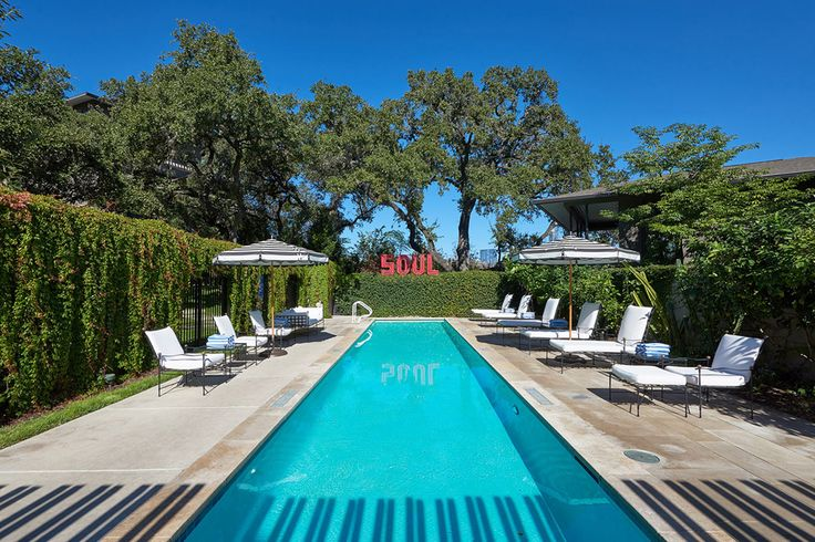 Named after the patron saint of music and poetry, the Hotel Saint Cecilia offers stylish accommodations with an emphasis on 60s culture. Each of the five suites, six poolside bungalows, and three studios are decked out like a Rolling Stones...