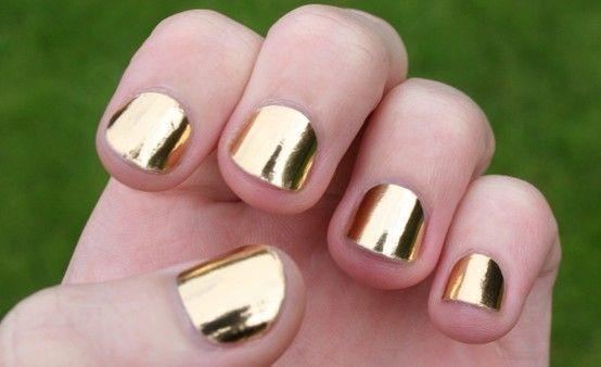Metallic Nail Polish – Get the Mirror-Effect of Metallic Nail Polish: Metallic Nail Polish Trends Hipsterwall ~ muslimain.com Nails Inspiration