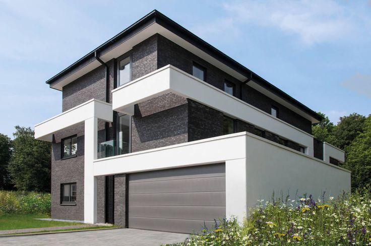 Wir zeigen euch ein modernes Mehrgenerationenhaus, das sowohl mit seiner Architektur überzeugt als auch mit einigen individuellen Besonderheiten.