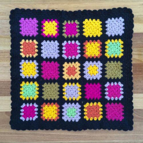 black-bright-grannysquares