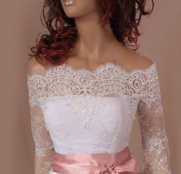 Hey, diesen tollen Etsy-Artikel fand ich bei https://www.etsy.com/de/listing/206010700/plus-size-lace-bolero-bridal-off
