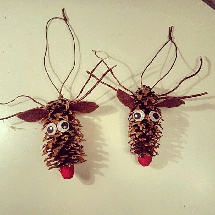 Diy pinecone deer for christmas