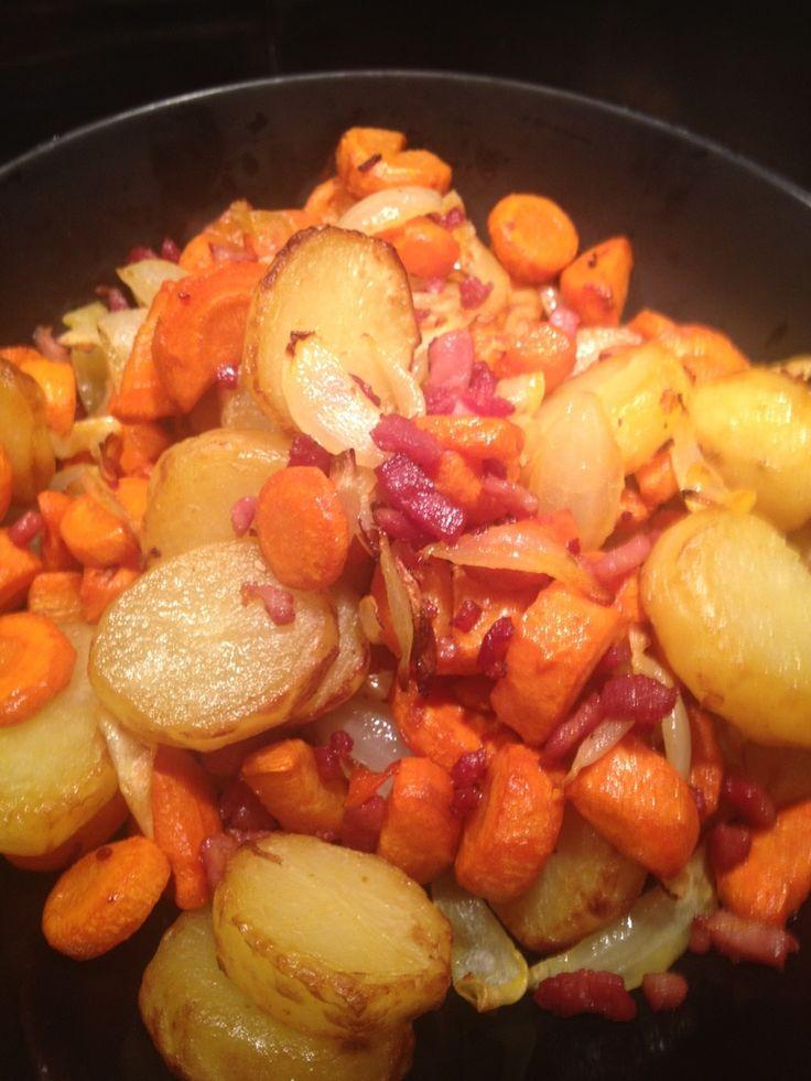 L'actifry permet vraiment de faire des recettes et des plats assez diversifiés. Et oui, l'actifry ne sert pas à faire que des frites !! Voici aujourd'hui une recette à base de carottes et de pomme de terre . Vous pouvez trouver d'autres recettes avec...