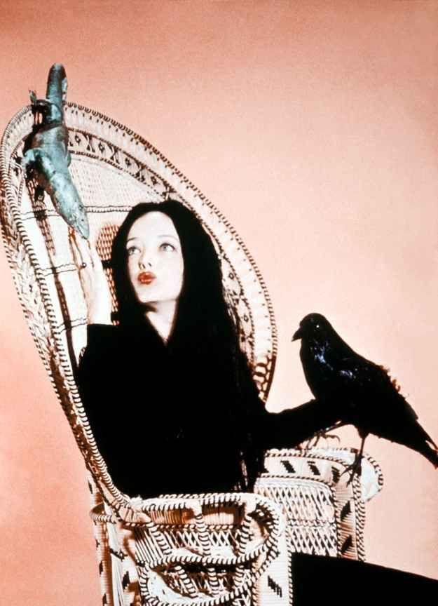 """Estas fotos a color del elenco original de la serie """"Los Locos Addams"""" sacudirán tus recuerdos"""