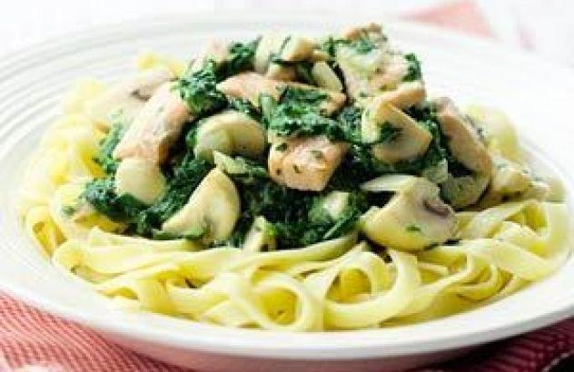 Tagliatelle met kip en spinazie