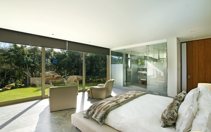 Fresh air and sunlight - The Spa House, Hout Bay.  http://www.capetownvillas.net/hout-bay/the-spa-house