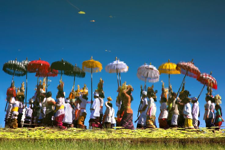 """Marching Of Melasti"" by Handi Laksono on 500px - Reflection of Melasti religious ceremony in Ulun Danu Lake, Bali"