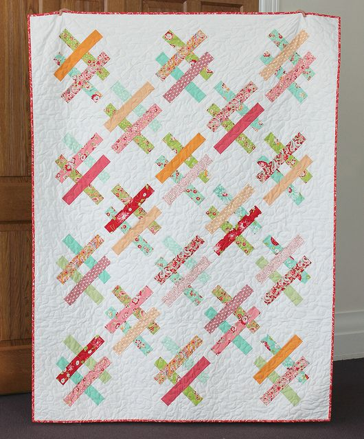 Quartet quilt | Flickr - Photo Sharing! - reminds me of tic tac toe, would be cute to use hearts and something else to make it look like a game board
