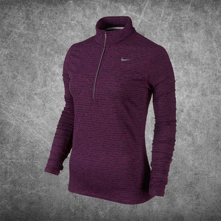 Tüm gün konfor içinde koş!  Nike Element Stripe yarım fermuarlı koşu sweatshirt'ü çizgili tasarımıyla teninize yumuşak bir his verecek. Koşu sırasında terden uzak bir esnekliğe hazır olun ve yansıtıcı detayları sayesinde düşük ışıkta dahi görünür bir şekilde rotanızda limitler olmadan koşmaya devam edin!  Keşfet >>http://goo.gl/P1fMCm  Tıklanabilir Link Profilde >> @sporjinal  Ürün Kodu : 685912-563  Satış Fiyatı : ₺169  XS/L arası bedenler stoklarda.  #sporjinal #Nike #nikeelement…