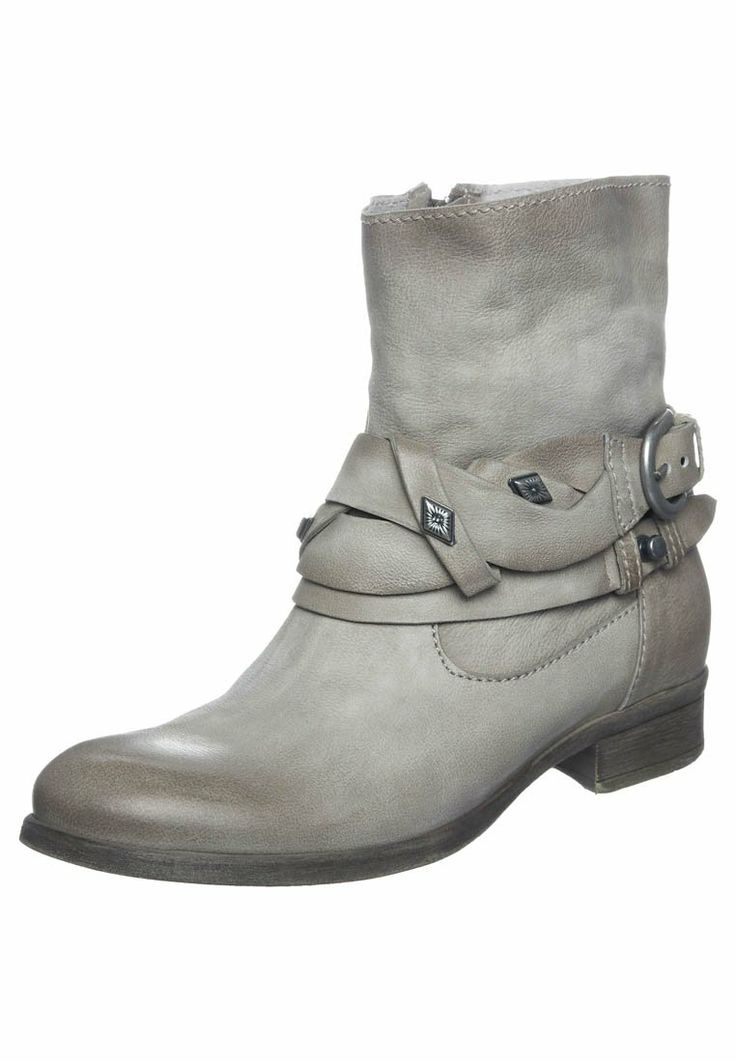 Arnold Churgin Shoes For Sale