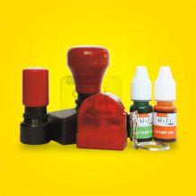 STAMP-flash-Cetak Digital, adalah stamp / stempel yang pembuatannya menggunakan sistem FLASH/lampu kilat, yang didukung dengan bahan baku karet stempel/stamp raber kualitas tinggi sehingga dapat menghasilkan hasil teraan/cetakan yang tajam, detail/ditil, tahan lama karena menggunakan tinta stempel / stamp ink khusus kualitas tinggi