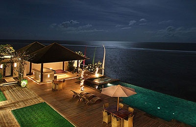 Heavenly Residence Consists Of Just Three Luxury villas At The Asmara Estate Located On The Waterfront