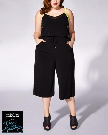 Plus Size Fashion | Tess Holliday - Sleeveless Culotte Jumpsuit (plus size) #plussizefashion #summer #urban