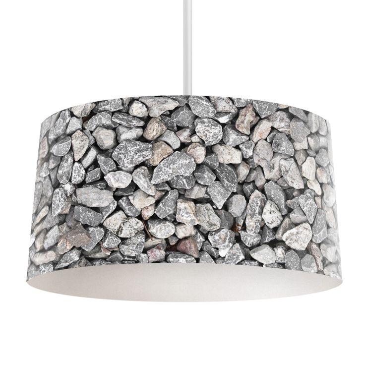 Lampenkap Bergsteen kiezels | Bestel lampenkappen voorzien van digitale print op hoogwaardige kunststof vandaag nog bij YouPri. Verkrijgbaar in verschillende maten en geschikt voor diverse ruimtes. Te bestellen met een eigen afbeelding of een print uit onze collectie. #lampenkap #lampenkappen #lamp #interieur #interieurdesign #woonruimte #slaapkamer #maken #pimpen #diy #modern #bekleden #design #foto #natuur #steen #stenen #kiezels #kiezel #grijs #natuurlijk