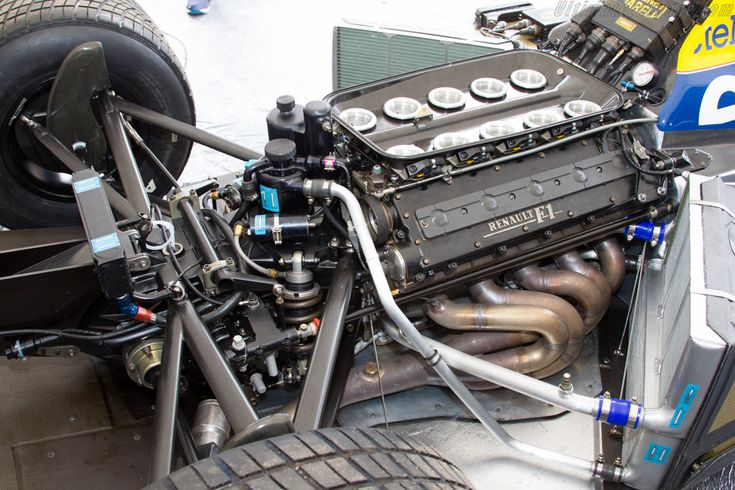 Williams FW13B Renault (Chassis FW13-08 - 2015 Goodwood Festival of Speed) High Resolution Image