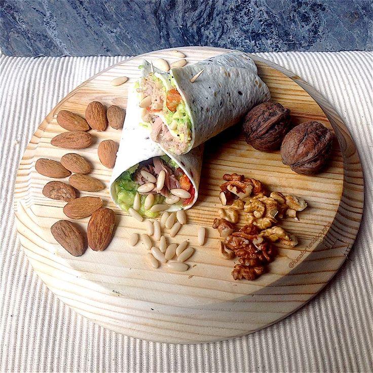 My Casual Brunch: Wrap de Guacamole, atum e frutos secos