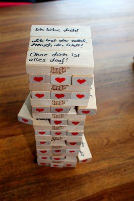 DIY Jenga + Anleitung: DIY, Basteln, Selbermachen, Spiele, Liebesgeschenk, Jahrestag, Geschenke, Geschenkidee, Adventskalender, Weihnachtskalender, Geburtstaggeschenk, Herzen, Liebe