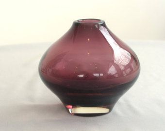 Riihimaen Aimo Okkolin Bulb Vase - Amethyst - Riihamaen Lasi Oy Finland - From the 1960's