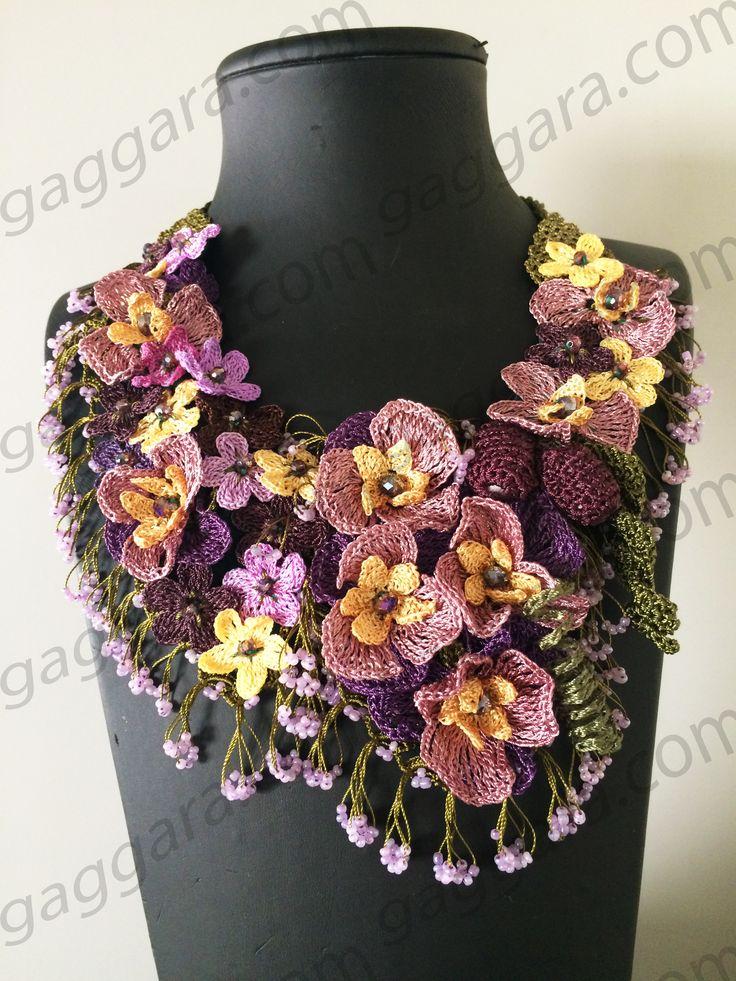 el işi çiçekli kolye