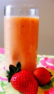 Strawberry Orange Smoothie....made this for the kids this afternoon. Yum!! And it was plenty sweet without the sugar!! :)