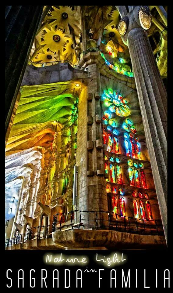 17 best images about gaud sagrada familia on pinterest for Antoni gaudi sagrada familia architecture