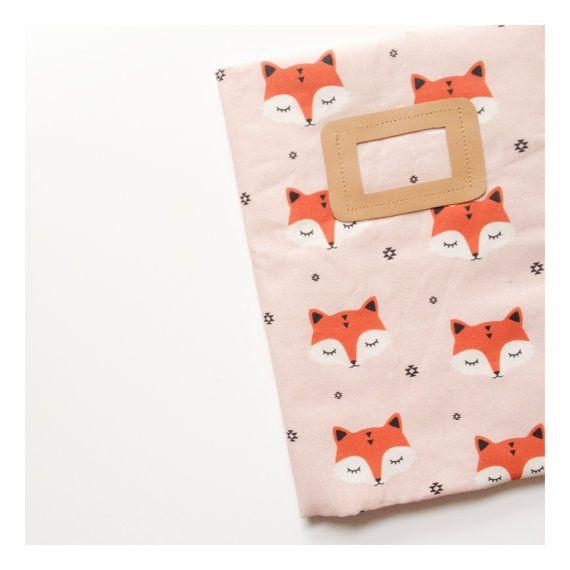 Protège carnet de santé Fox