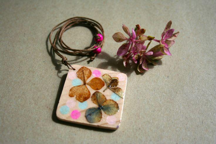 Forever Bloom Pendant Hydrangea Diamond | Felt