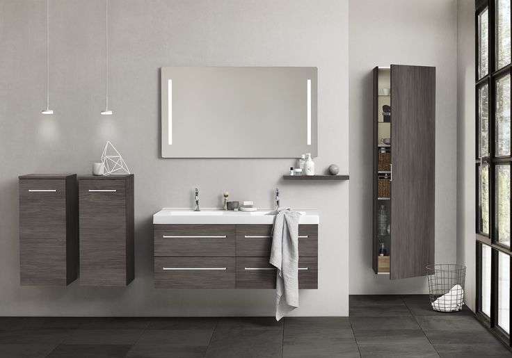 The modular thinking behind Dansani Luna opens for arrangement possibilities. And makes it easy to create harmony in the bathroom. Tall unit with great arrangement. Base units with wooden trays which can be used as drawers. Pendants with dimmer create atmosphere in the room, and with the Menuet twin basin, there is plenty of comfortable space for the whole family.
