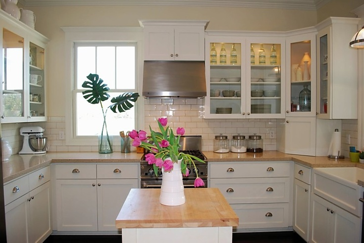 Spruce Up Your Kitchen With These Cabinet Door Styles: Full Overlay Shaker Cabinets, Asymmetrical Range Hood