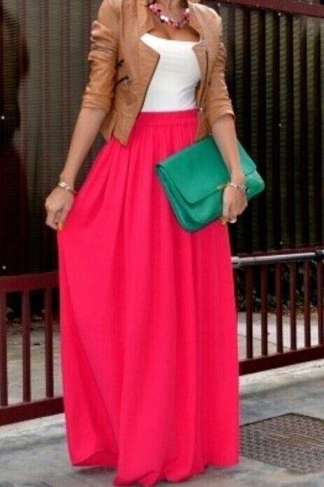 Me ecanta la falda rosada no amarilla.