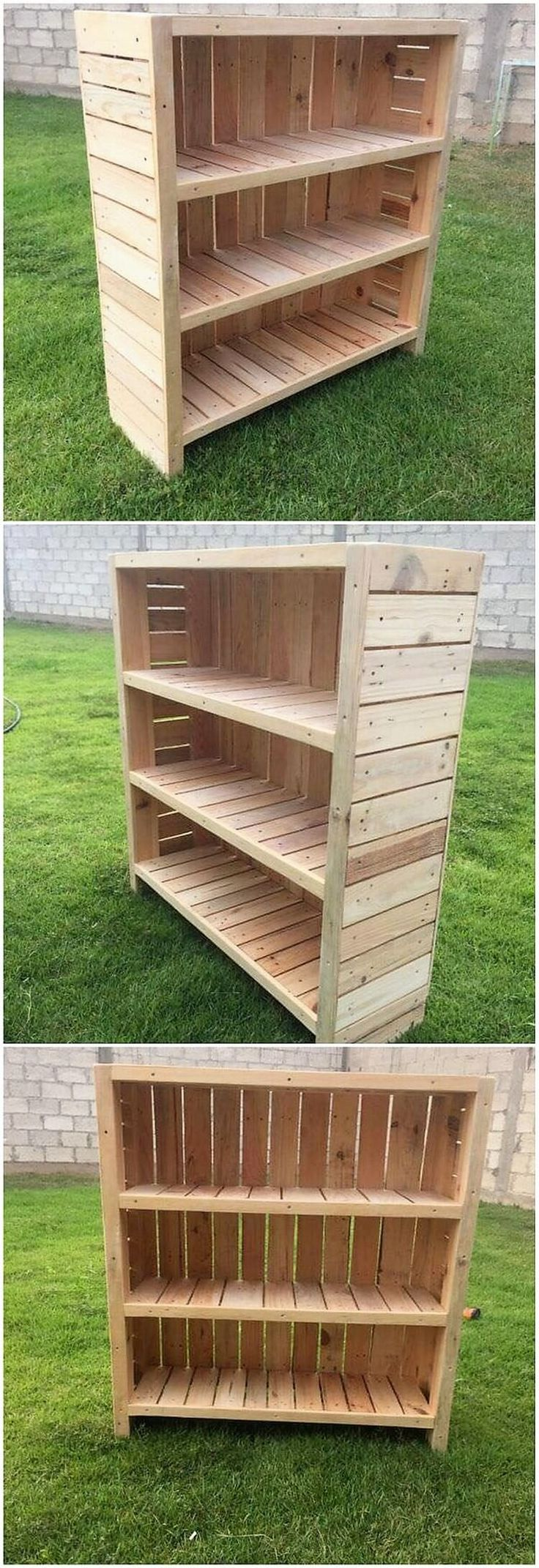 What this unique creation of wood pallet is all about? Well this project of wood pallet is a piece of decoration in the form of bookshelf to ideally locate in your house corner setting. It is divided into the shelving divisions. It is much easy to design.