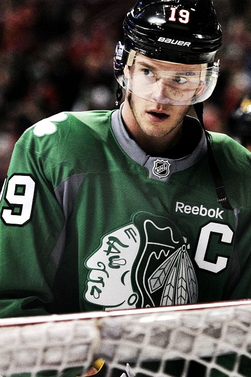 Jonathan Toews • Chicago Blackhawks • the-destroia / Tumblr