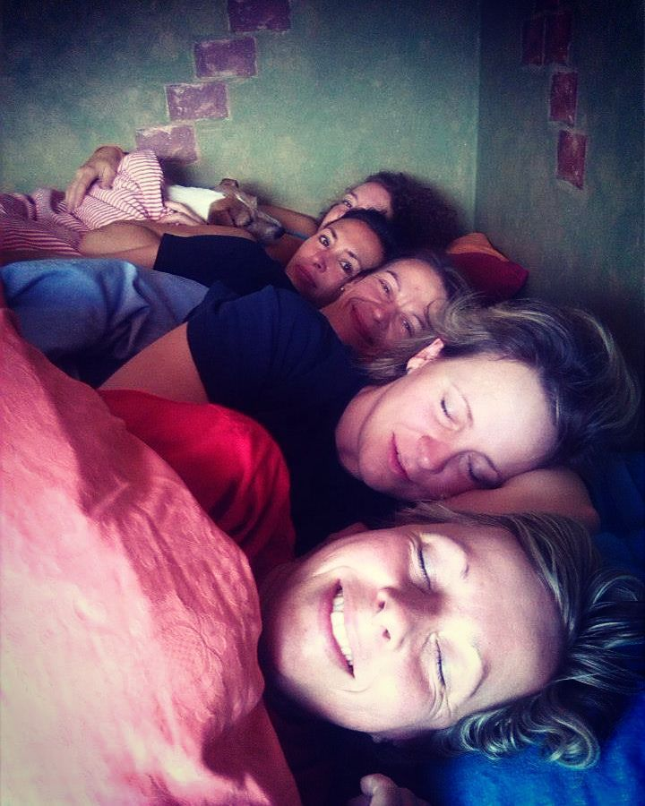 My my that really is a big bed! The Spice Girls together. :-) #memories #girlsparty #damskajizda #ostrava #friends #goodfriends #morningafter #flashback #friendsgoals