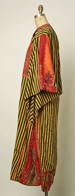 Central Asian Kaftan,probably Turkoman.....handloomed fabric w/ silk embroidery