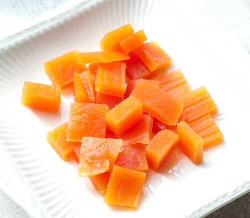 Met deze sinaasappel gummies is het echt gezond snoepen! Gemaakt van gelatine en sinaasappelsap. Niet alleen lekker, maar ook goed voor je!