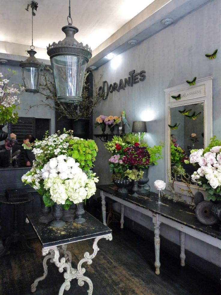 17 best ideas about florist shop interior on pinterest for Boutique decoration interieur