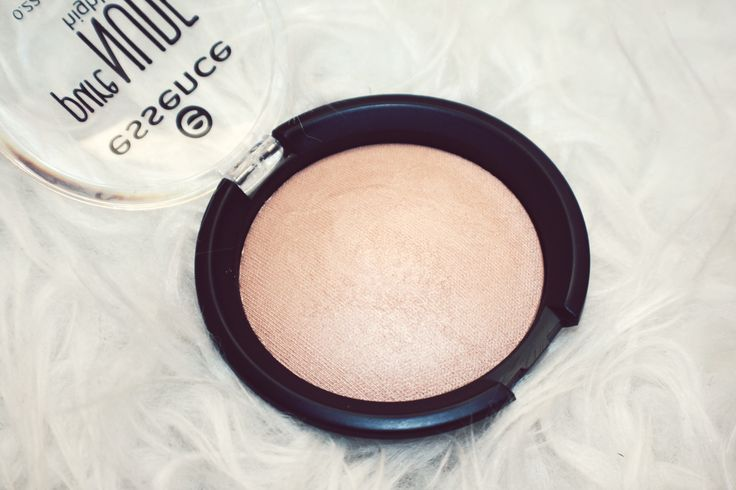 Essence Pure Nude Highlighter - 01 Be My Highlight