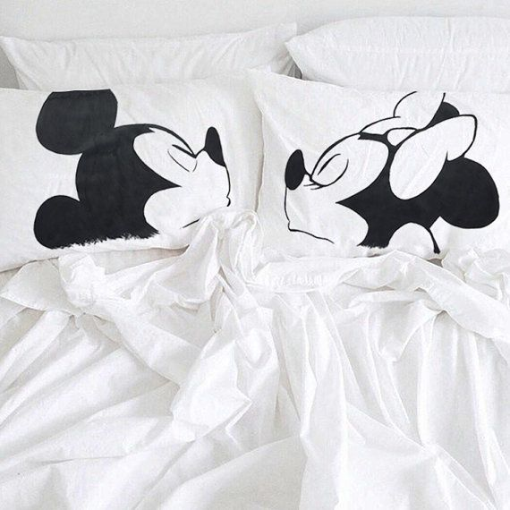 Mickey and Minnie Couple pillowcases, Mickey and Minnie kiss, his and hers gifts idea, Disney bedding, couple pillowcase, cotton anniversary