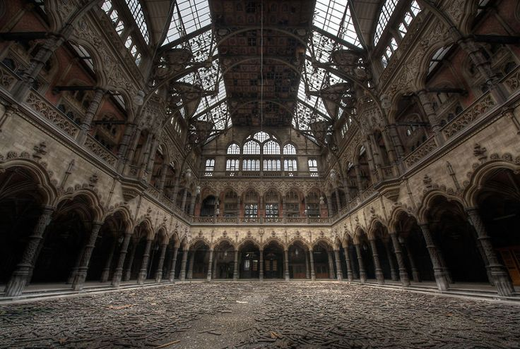 A Country Left In Ruins: Pictures Of Belgium's Abandoned Places