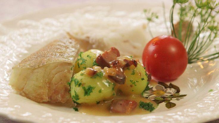 I serien om dansk tradisjonsmat reiser brødrene Price til Bornholm, og får prøve kokt torsk med duppe. Her er deres oppskrift.